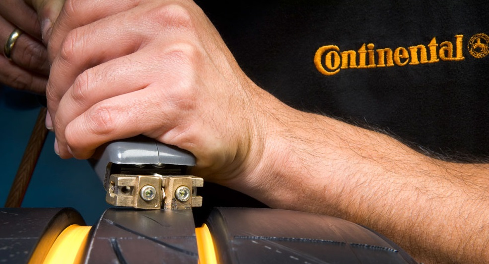 Как нарезать протектор на шине своими руками 42