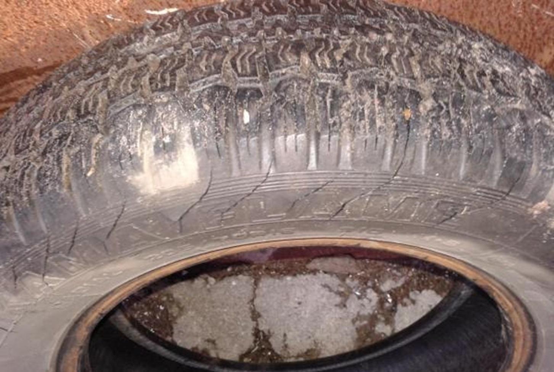 Трещины на боковине колеса